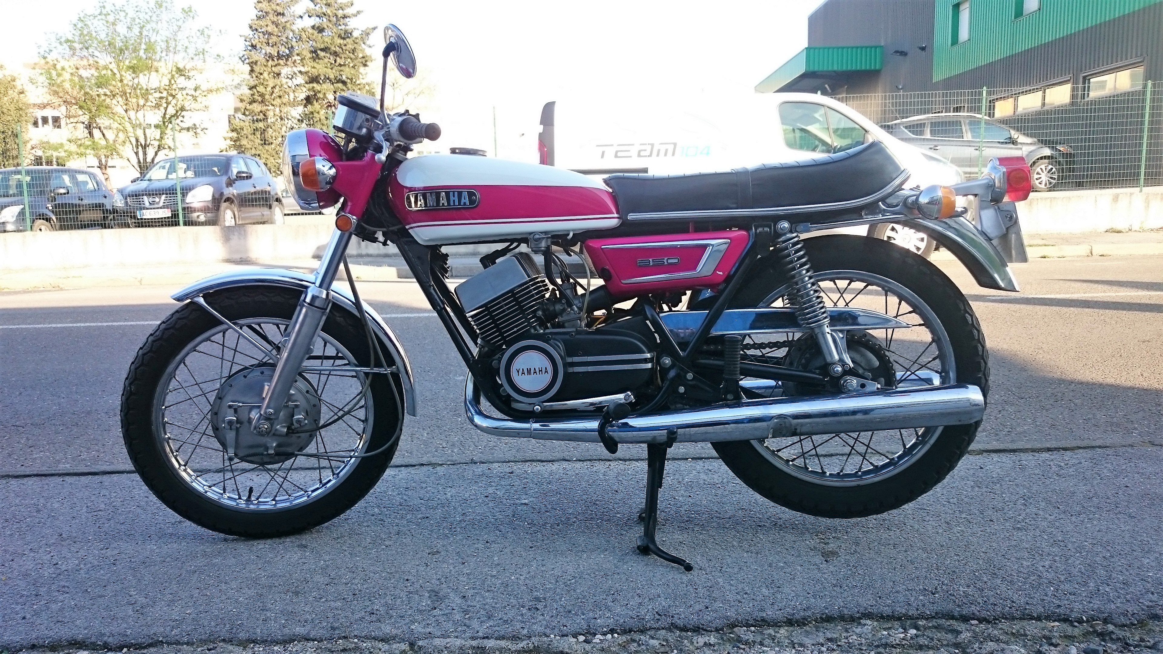 yamaha 350 yr5 yamaha team104 vente achat motos occasions vintage pi ces. Black Bedroom Furniture Sets. Home Design Ideas